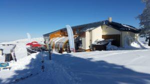 restaurantle tetras 2030metres daltitude au plateau du saquet bonascre ax 3 domaines